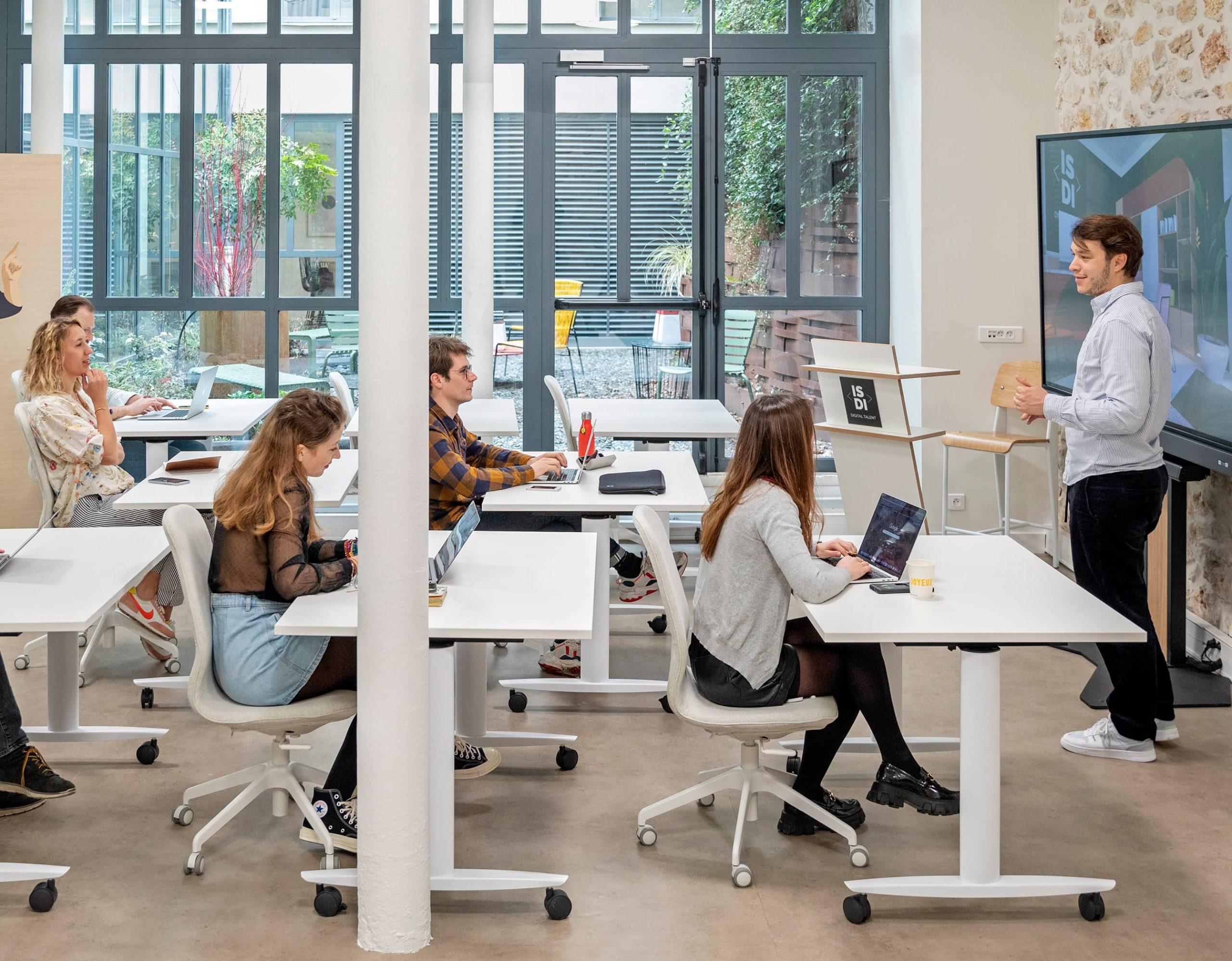 Le Centre d'Accélération Digitale s'étend sur deux niveaux et sur 800 m².
